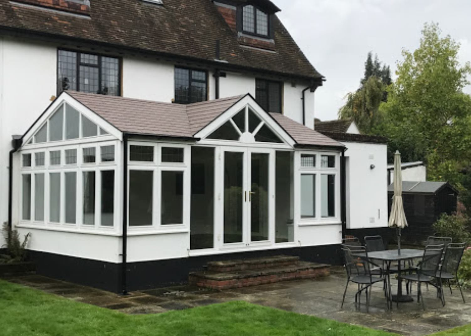Why Should You Invest In A Heat-Retaining Conservatory Roof?